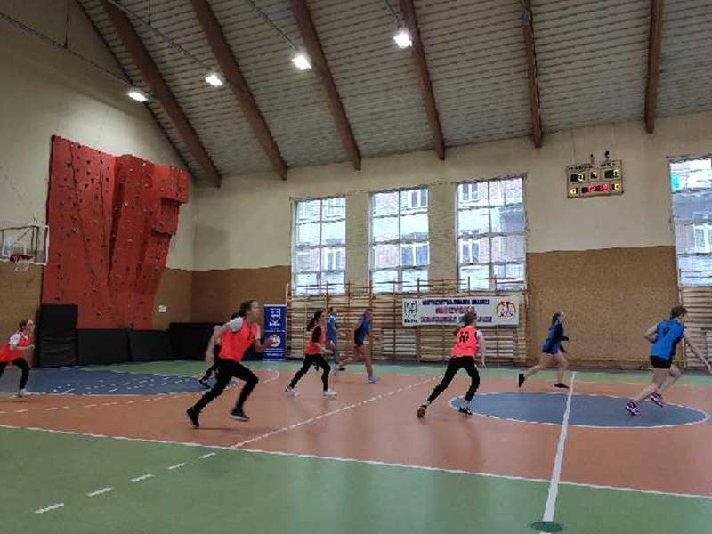 Koszykówka dziewcząt IMS